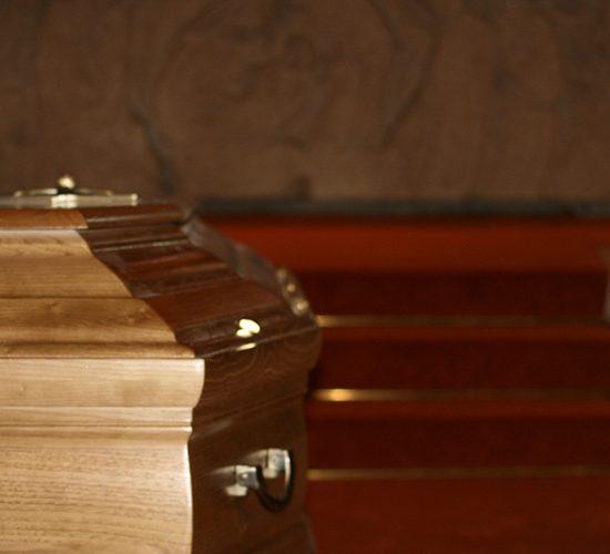 cercueil-eglise